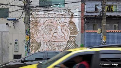 VHils em Botafogo (Rio de Janeiro, Brasil), by Guillermo Aldaya / PhotoConversa