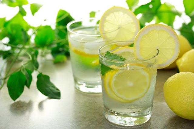 15 Manfaat Air Lemon yang Perlu Kamu Ketahui