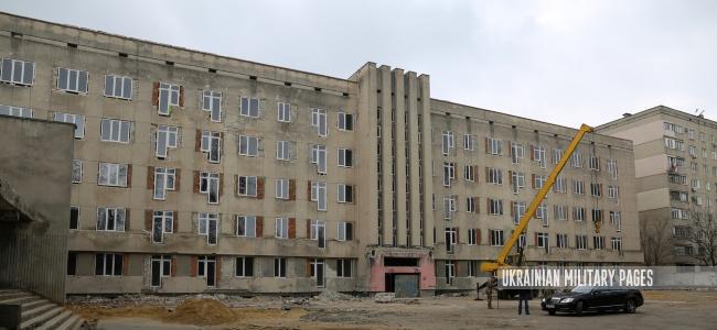 Степан Полторак оглянув хід першого етапу будівництва бази ВМС в Одесі