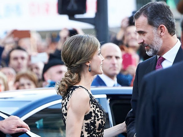 King Felipe, Queen Letizia and Queen Sofia attended ceremony of the Princess of Asturias Award 2016 at Campoamor Theater in Ovedio. Letizia wore diamond earrings, Magrit sandals, Felipe Varela dress