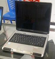 jual laptop bekas toshiba l100