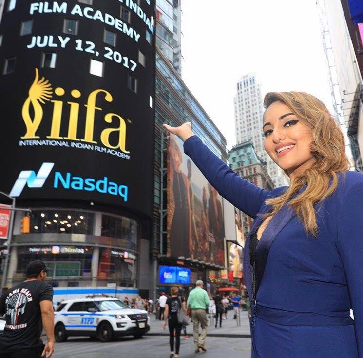 Sonakshi Sinha at Times Square for IIFA 2017 Stills
