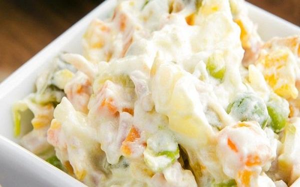 Receita de salada de maionese light (Imagem: Reprodução/Receitas Completas)