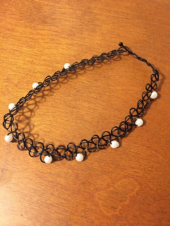 tattoo choker with pearls