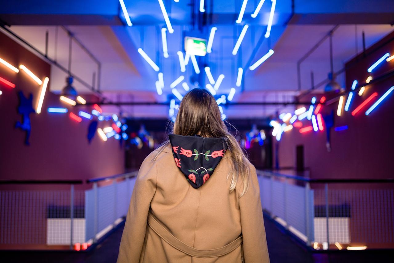 7 folk by koko recenzje opinie jakość sukienka bluza z motywem łowickim kodra folkowe ubrania motywy eleganckie folkowe dodatki kodra łowicka góralskie róże stylizacja polska blogerka łódź moda melodylaniella