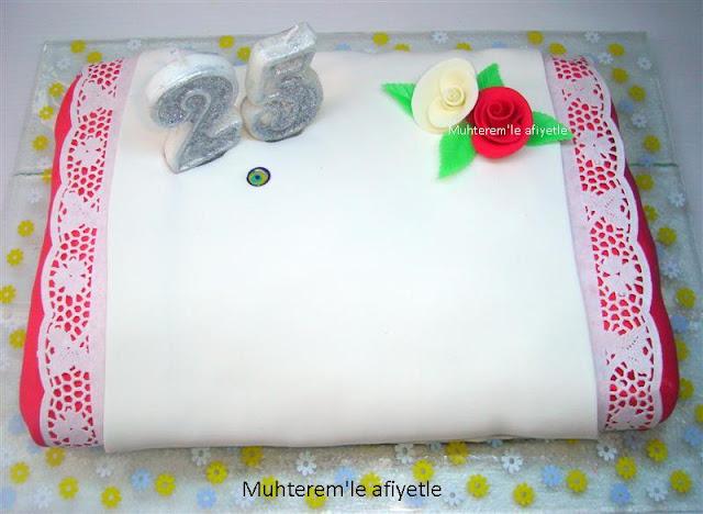 Evlilik Yıldönümü İçin pasta modelleri