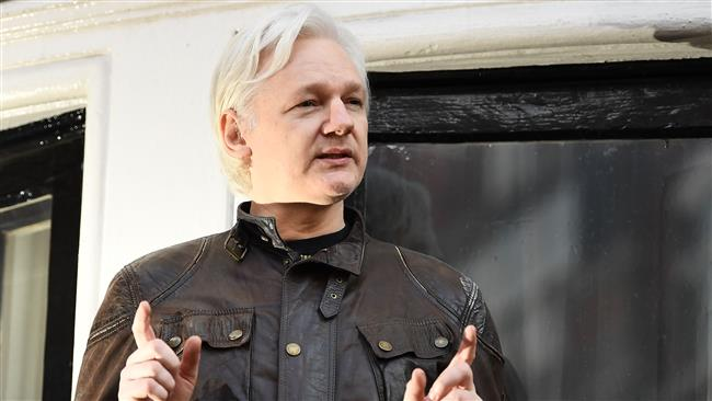 Wikileaks founder Julian Assange vows to prove Russia did not leak Democratic National Committee documents