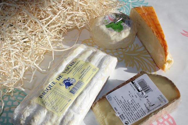 gouter des fromages à la maison