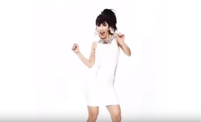 Hande Yener  Love Always Wins Şarkı Sözü