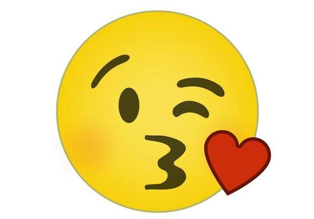 Kamu Sering Pake Emoticon Ini Padahal Selama Ini Kamu Salah Mengartikannya. Udah Tau Fungsi Sebenarnya?