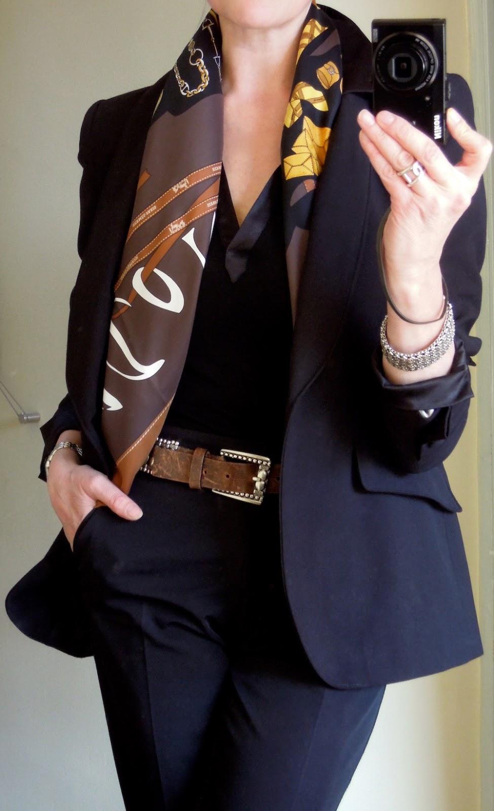 how to wear mei tai