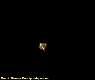 UFO Over Hecker, Illinois 10-23-12