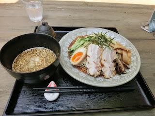 不動茶屋のつけ麺