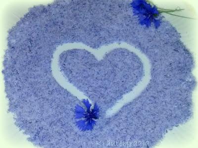 Bild eines Herzens, gemalt im Zucker