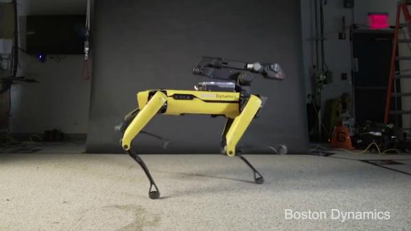 بعد الروبوت Atlas.. بوسطن ديناميكس تنشر فيديو مذهل للروبوت Spot