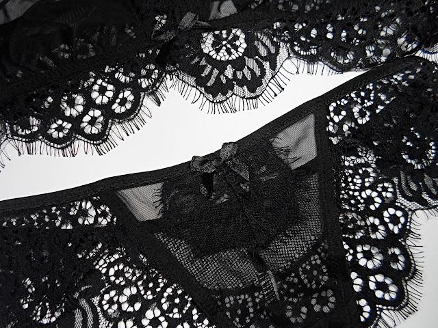 fashion lingerie blogger transparent liz breygel flat lay pictures
