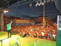 Resultado de imagem para show e bandas nas praias de sao francisco itabapoana rj calçadão