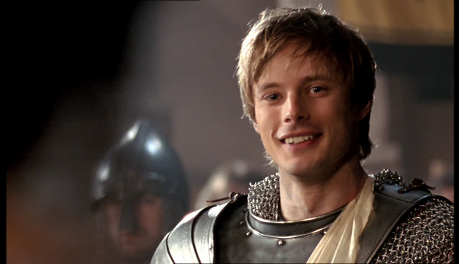 bradley james smile - photo #3