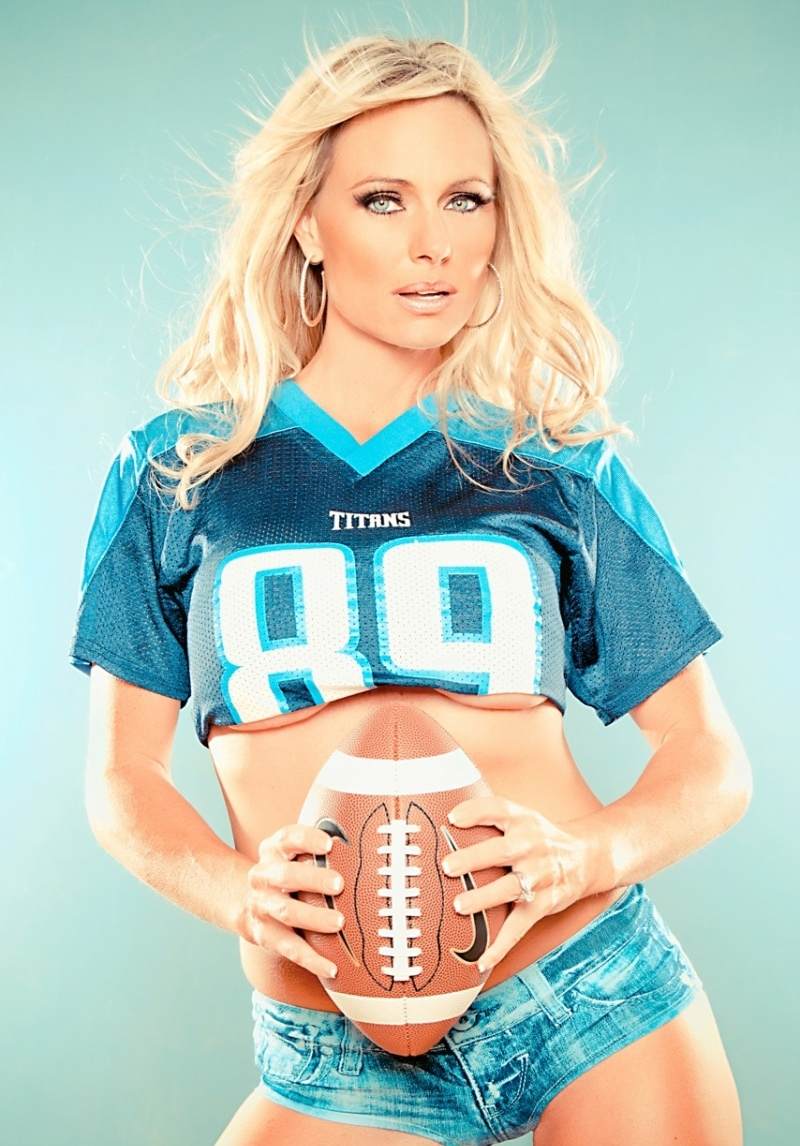 Honda Of Oakland >> Beauty Babes: NFL FOOTBALL BABES IN JERSEY'S, CAP'S, T ...