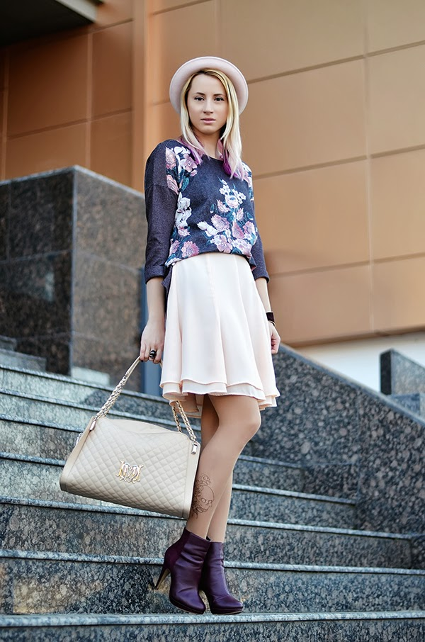 tattoo printed tights love moschino bag floral sweater pink hat