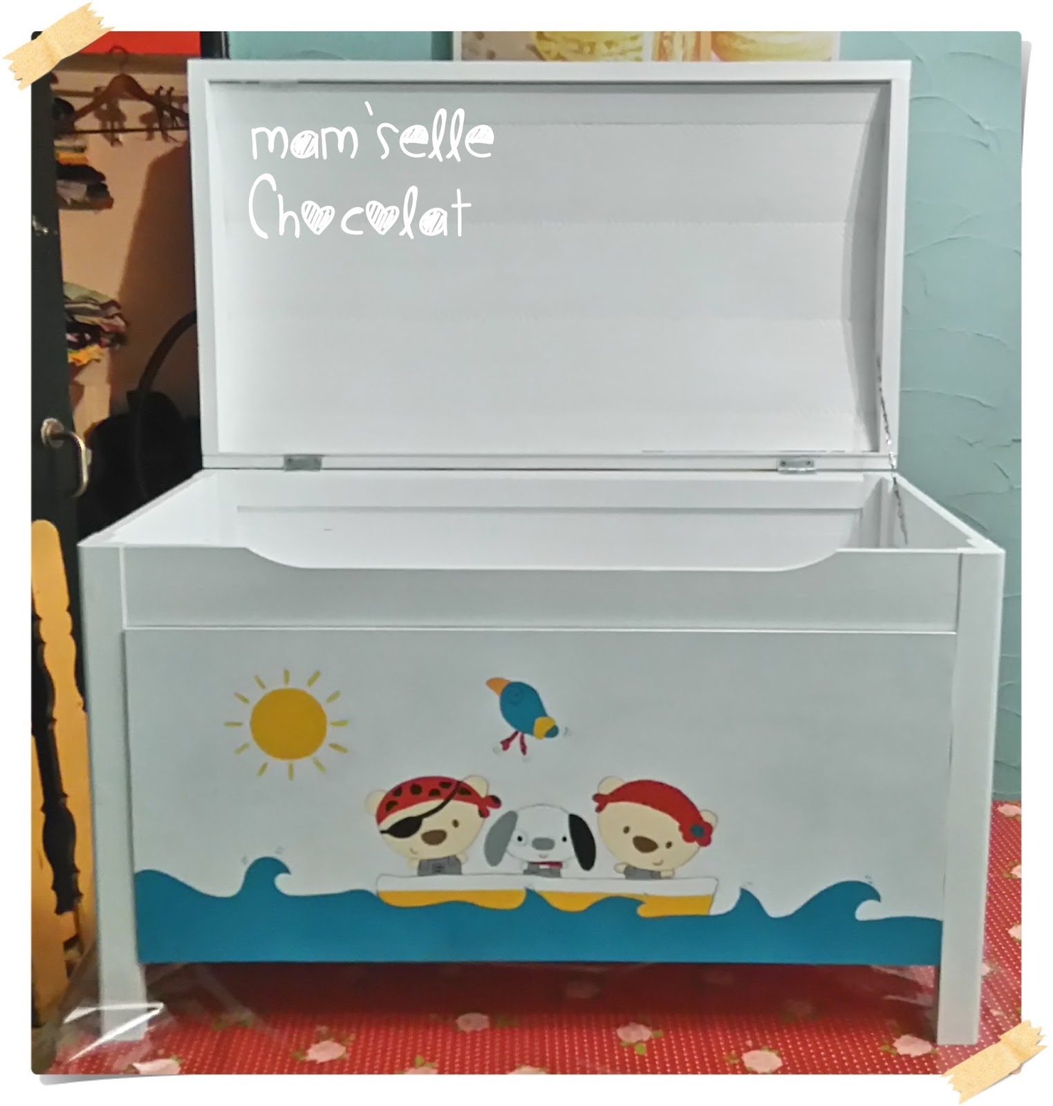 Pintar un ba l de madera con motivos infantiles - Baules infantiles para guardar juguetes ...