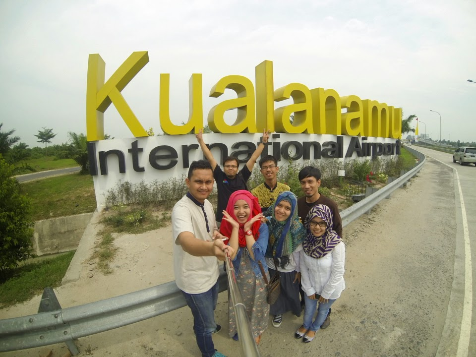 Foto+Selfie+Kualanamu