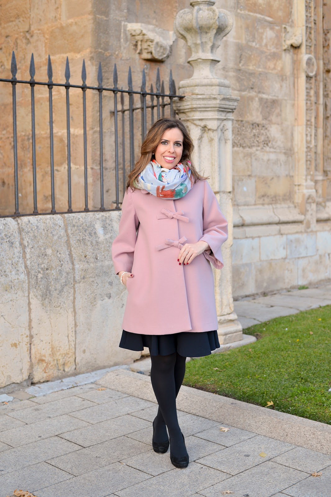 bows for the holidays fashion blogger elegant coat