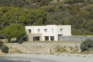 Εγκεφαλικό ο ιδιοκτήτης: Αγόρασε στη Θεσσαλονίκη σπίτι με 60.000 ευρώ και βλέπει αυτές τις εικόνες [photos]