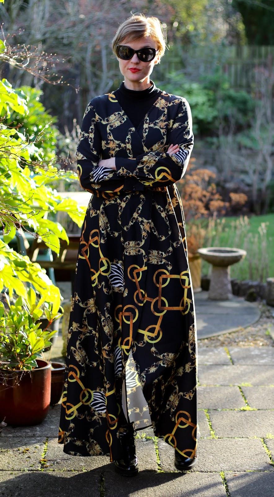 Chain pattern maxi wrap dress   Fake Fabulous