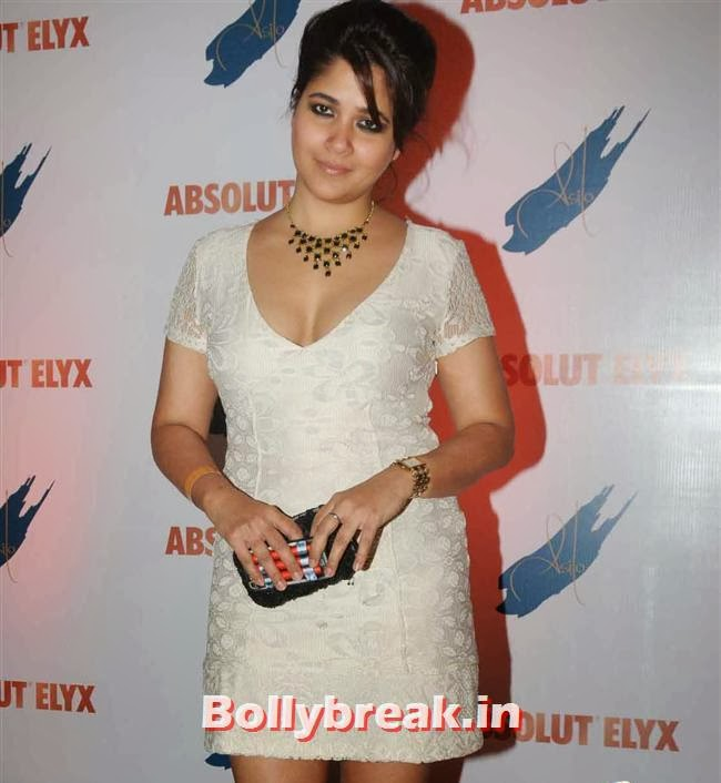 Narayani Shastri, Narayani Shastri, Pria Kataria Puri, others at Absolut Elyx Party