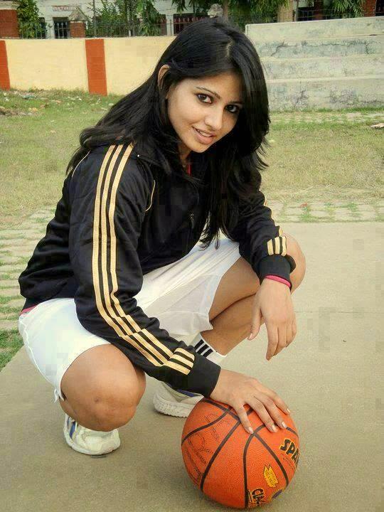 South Indian bhabhi footballer