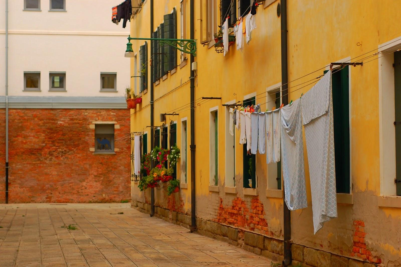 Le Chameau Bleu - Venise ou la ville aux draps  - Balade à Venise