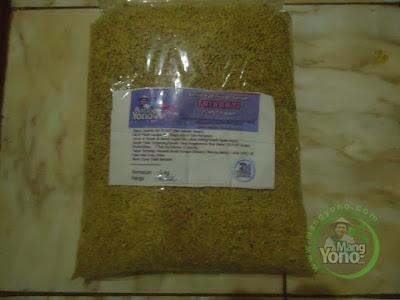 Kang Dedi Kusriadi Purwadadi pembeli benih padi TRISAKTI  sebanyak 5 Kg atau 1 Bungkus