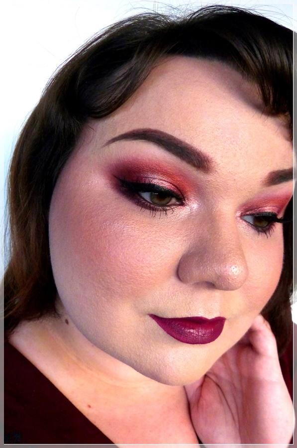 halo smokey eye makeup