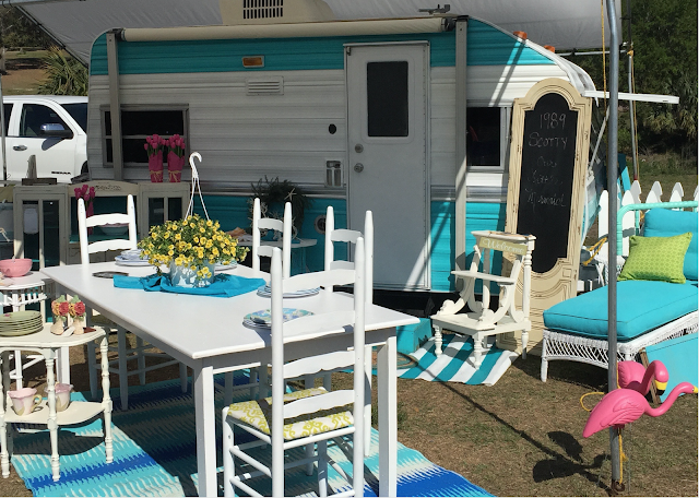 One Shabby Old House - Old shabby trailer gets one hell makeover