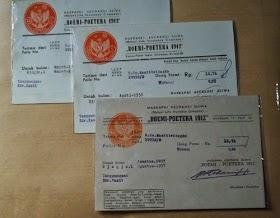 Bukti pembayaran asuransi  BOEMI-POETERA tahu 1950an dalam bentuk kartupos/postcard dengan segel nominal  50 sen dan 30 sen. Atas nama R.Ng. wanitiwidagdo. harga untuk ketiganya 100rb.