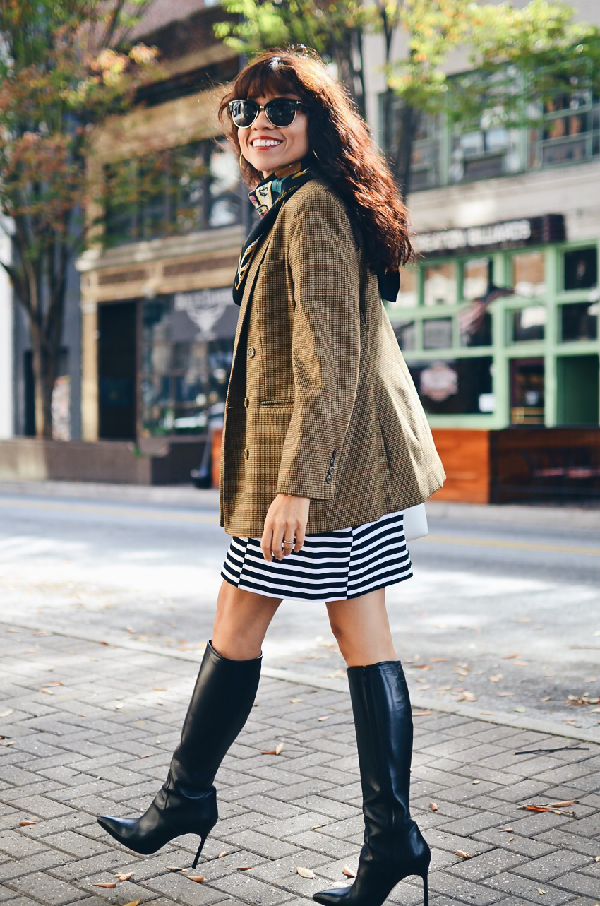 Oversized tweed blazer street style