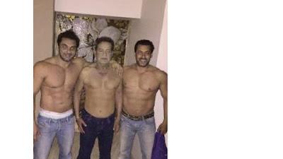 फादर्स डे के दिन सलमान खान ने पिता सलीम खान के साथ की एक तस्वीर अपने ट्वीटर अकांउट पर ट्वीट की। जिसमें पिता के साथ सोहेल खान भी हैं.