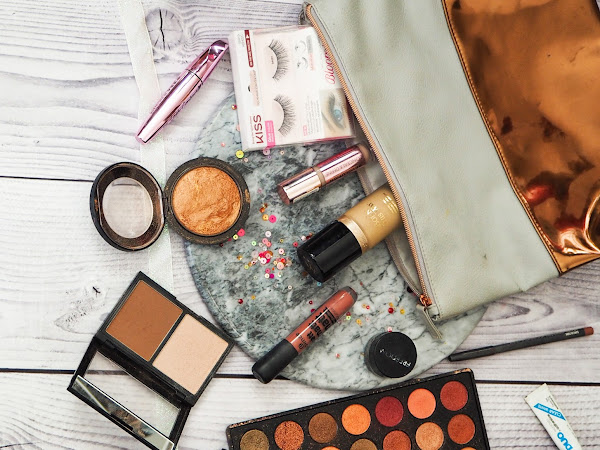 WHAT'S IN MY AUTUMN MAKEUP BAG?
