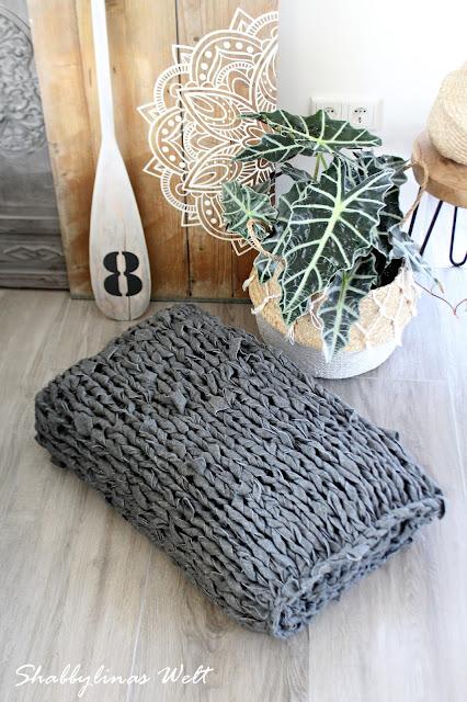 shabbylinas welt. Black Bedroom Furniture Sets. Home Design Ideas