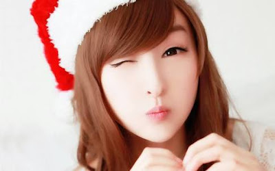 Happy Christmas Facebook dp, Facebook images, Facebook status for girls