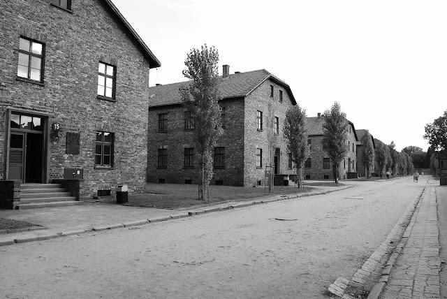 s anciens bâtiments de l'armée polonaise