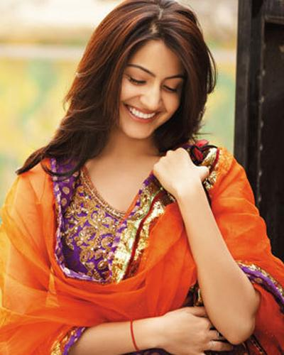 Bollywood Actress Anushka Sharma Upcoming Movies List 2016, 2017, 2018 Mt Wiki, Sultan, wikipedia, koimoi, imdb, facebook, twitter news, photos, poster, actress updates