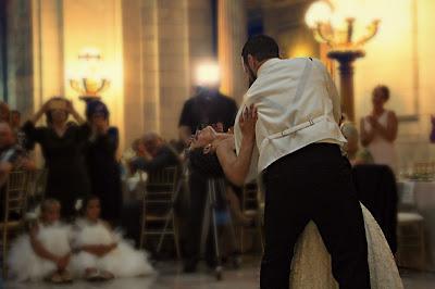 Un momento a instagramear: el baile de los novios