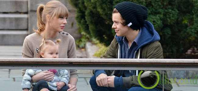 Taylor Swift dan Harry Styles