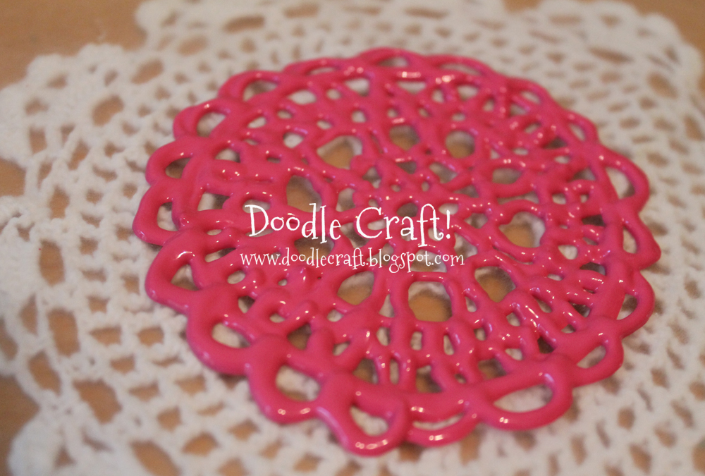 Doodlecraft: DIY Puff Paint Doilies!