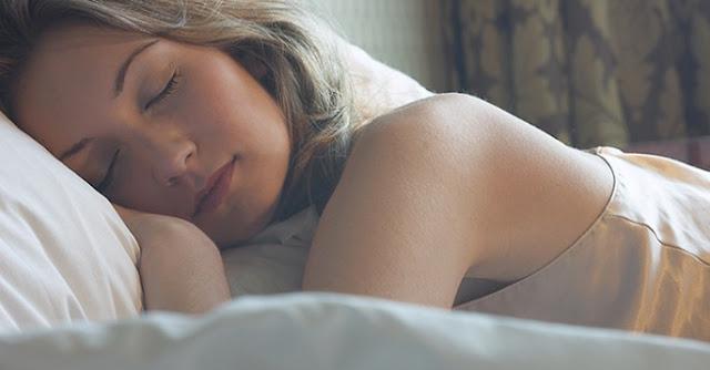 根據科學研究,女性比男性需要更多的睡眠,只因她們的大腦更勤奮工作