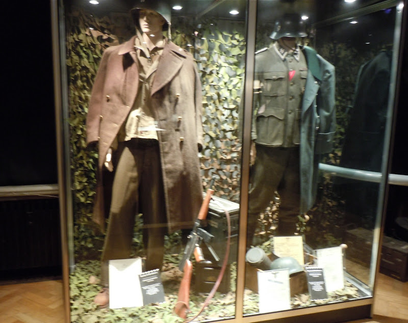 Band of Brothers TV uniforms