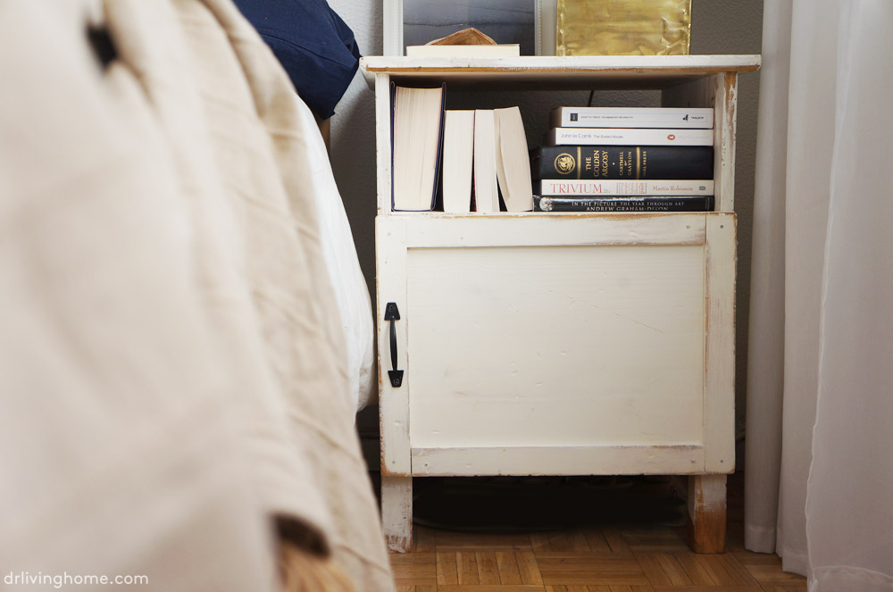 Ikea hack: mesilla de noche rústica