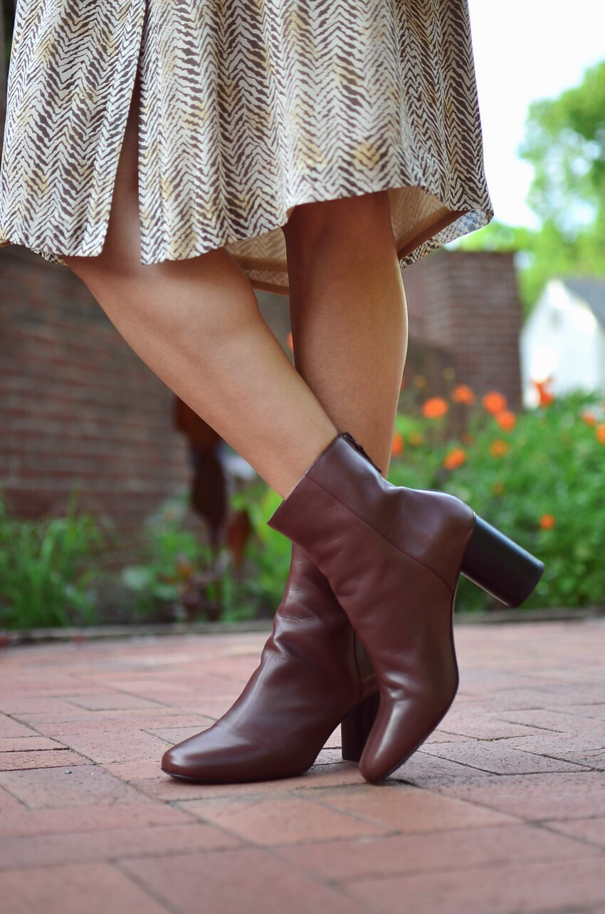 Brown boots street style